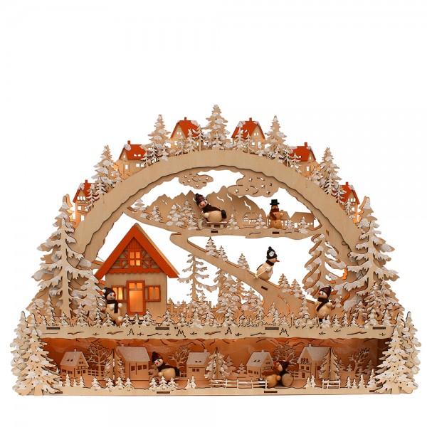 Holz Schwibbogen mit Bank Waldmotiv mit Schnee und Schneemannfiguren (Laserholz) 63 x 9 x 45 cm Batteriebetrieb AA, inkl. Adapter 4,5 V, LED, XL