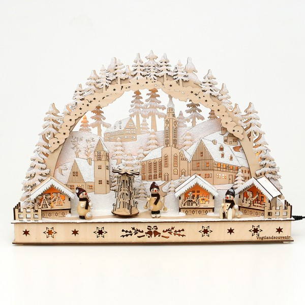 Holz Schwibbogen Weihnachtsmarkt verschneit mit bewegter Pyramide und Schneemann-Figuren (Laserholz) 50 x 11,5 x 34 cm Batteriebetrieb AA, inkl. Adapter 4,5 V, LED, Bewegung