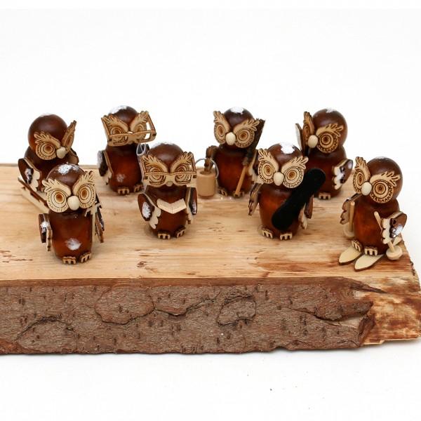 8er Set Holz Eulenfiguren, braun, mit Schnee 2,5 x 2,5 x 5,5 cm
