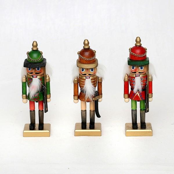 Holz Nussknacker klein, natur/farbig 3-fach sort. 5 x 5 x 17 cm im Set