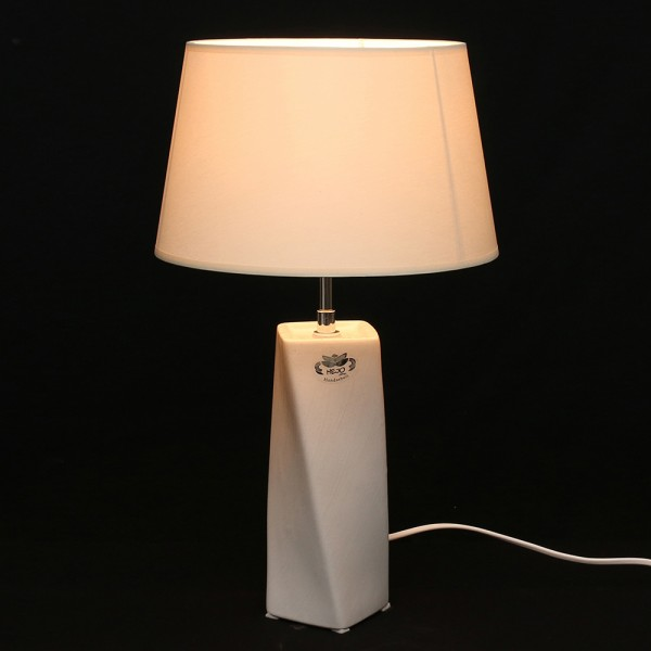 Keramik Tischlampe Samba (Leuchtmittel nicht enthalten), Weiß 25 x 25 x 42 cm 230 V Kabel, E27