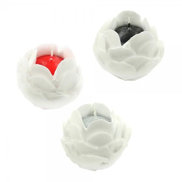Rosenkerzen mit weißen Blütenblättern, Kernfarbe schwarz, grau, rot 3-fach sort. 8 x 8 x 7 cm im Set