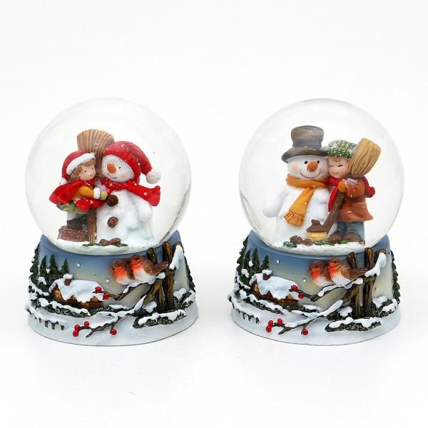 Polyresin Schneekugel Schneemann mit Kind und Vögel in Winterlandschaft auf Sockel 2-fach sort. 7 x 7 x 9 cm Ø 6,5 cm im Set