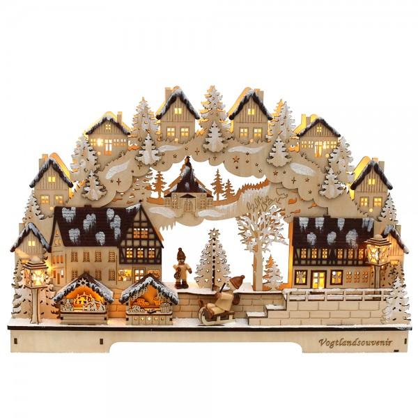 Holz Schwibbogen Fachwerkhäuser dunkelbraun mit verschneitem Baum (Laserholz) 45 x 8 x 29 cm Batteriebetrieb AA, inkl. Adapter 4,5 V, LED