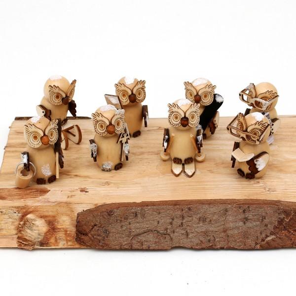 8er Set Holz Eulenfiguren, natur, mit Schnee 2,5 x 2,5 x 5,5 cm