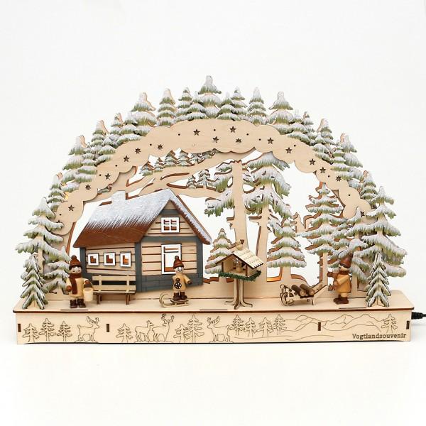 Holz Schwibbogen Hütte im Winterwald mit Winter-Figuren (Laserholz) 45 x 8 x 29,5 cm Batteriebetrieb AA, inkl. Adapter 4,5 V, LED