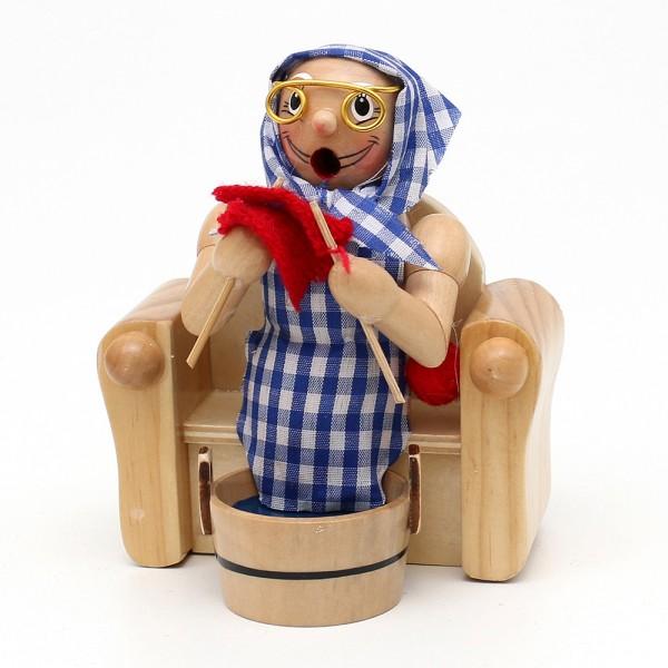 Holz Räucherfigur Oma im Sessel mit Fußbad 11 x 8,5 x 14 cm